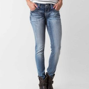 Miss Me Signature Skinny Jean Size 32